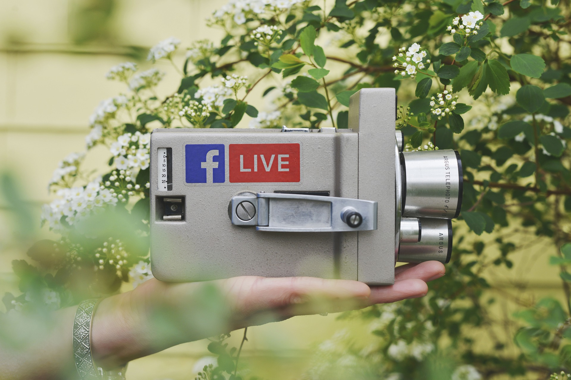 How Well Do You Know Asia's Surging Live Streaming Commerce Ma…